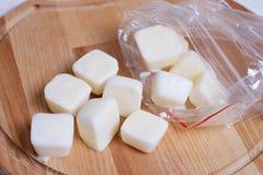 Cubes congelés de lait Images libres de droits