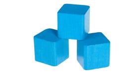 Cubes en bois bleus Image stock
