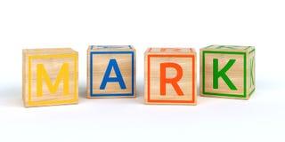 Cubes en bois d'isolement en jouet avec des lettres avec la marque de nom Images stock