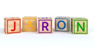 Cubes en bois d'isolement en jouet avec des lettres avec le jaron de nom Images libres de droits