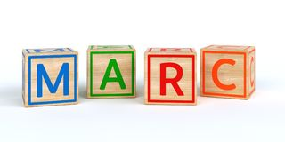 Cubes en bois d'isolement en jouet avec des lettres avec le marc de nom Photos stock