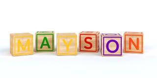 Cubes en bois d'isolement en jouet avec des lettres avec le mayson de nom Images stock