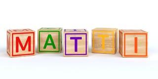 Cubes en bois d'isolement en jouet avec des lettres avec le nom Matti Photos stock