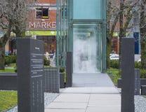 Cubes en verre avec la vapeur comme mémorial d'holocauste à Boston - à BOSTON, le MASSACHUSETTS - 3 avril 2017 Photo libre de droits