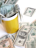 Cubeta completamente de notas do dólar Fotografia de Stock Royalty Free