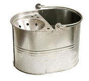 Cubeta de aço galvanizada (trajeto de grampeamento do Inc) Imagem de Stock