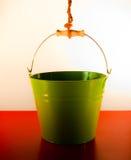 Cubeta verde imagens de stock royalty free
