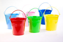 Cubetas coloridas fotografia de stock royalty free