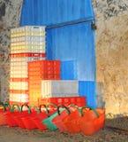 Cubetas e caixas Imagem de Stock