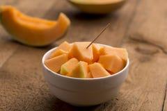 Cubi del melone di recente tagliato Immagini Stock Libere da Diritti
