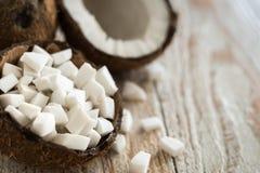 Cubi della noce di cocco nelle coperture Immagini Stock Libere da Diritti