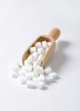 Cubi dello zucchero bianco Immagini Stock