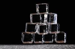 Cubi di ghiaccio Fotografie Stock Libere da Diritti