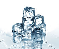 Cubi di ghiaccio blu Immagini Stock