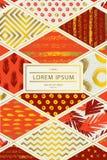 Cubierta colorida en estilo del remiendo en sombras rojas con los elementos del oro para el folleto de la cubierta, aviador, cart Fotos de archivo