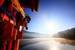 Cubierta de la luz de la mañana en el lago Fotografía de archivo libre de regalías