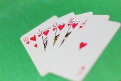 Cubierta de tarjetas dispersada Foto de archivo