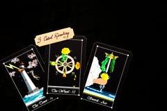 Cubierta del tarot - lecturas de la tarjeta del tarot 3 fotografía de archivo libre de regalías