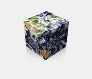 Cubo cúbico de la tierra del globo del planeta Imágenes de archivo libres de regalías