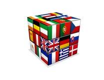 Cubo con las banderas europeas Fotos de archivo
