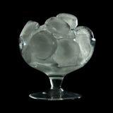 Cubo de hielo en vidrio Imagen de archivo