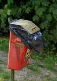 Cubo de la basura del perro Foto de archivo