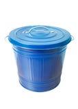 Cubo de la basura en blanco Foto de archivo libre de regalías