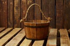 Cubo de madera Fotografía de archivo