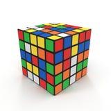 Cubo 5x5 de Rubiks no branco ilustração 3D Imagem de Stock Royalty Free