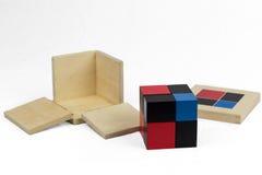 Cubo del binomio de Montessori foto de archivo
