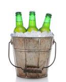 Cubo pasado de moda de la cerveza Fotos de archivo libres de regalías