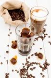 Cubo in un vetro di caffè ghiacciato Fotografia Stock