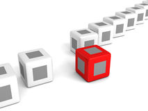 Cubo vermelho da individualidade para fora da multidão branca Imagem de Stock