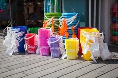 Cubos brillantes de la playa Imagen de archivo libre de regalías