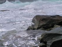 Cubos de gelo grotescos fotografia de stock royalty free