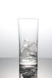 Cubos de gelo no vidro Imagem de Stock