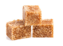 Cubos del azúcar de caña de Brown Foto de archivo