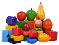 Cubos y frutas de madera de los juguetes Foto de archivo libre de regalías