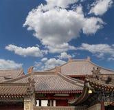 Cubra las decoraciones en la pagoda salvaje gigante del ganso del territorio--Xian (Sian, Xi'an) fotografía de archivo