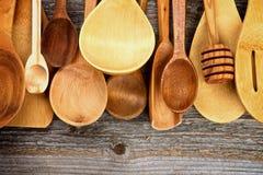 Cucchiai di legno Immagini Stock