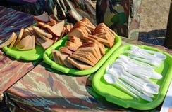 Cucchiai e forchette di plastica Immagini Stock Libere da Diritti