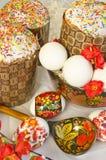 Cucchiaio di legno del dolce dell'uovo di Pasqua Fotografie Stock