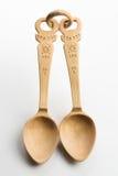 Cucchiaio di legno su priorità bassa bianca Fotografie Stock Libere da Diritti
