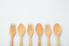 Cucchiaio e forchetta di legno Fotografie Stock