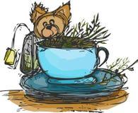 Cucciolo/cane neri in un tè Immagini Stock Libere da Diritti