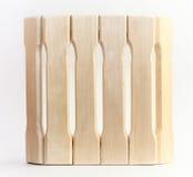 Cucharón de madera para la sauna en un fondo blanco Fotografía de archivo libre de regalías