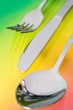 Cuchara de plata, cuchillo, bifurcación Imágenes de archivo libres de regalías