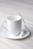 Cuchara Sugar Cubes de la taza de café Fotos de archivo libres de regalías