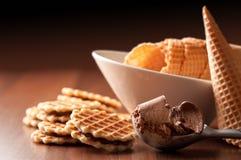 Cucharada del helado de chocolate imágenes de archivo libres de regalías