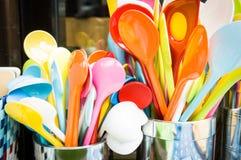 Cucharas coloridas Imagen de archivo libre de regalías